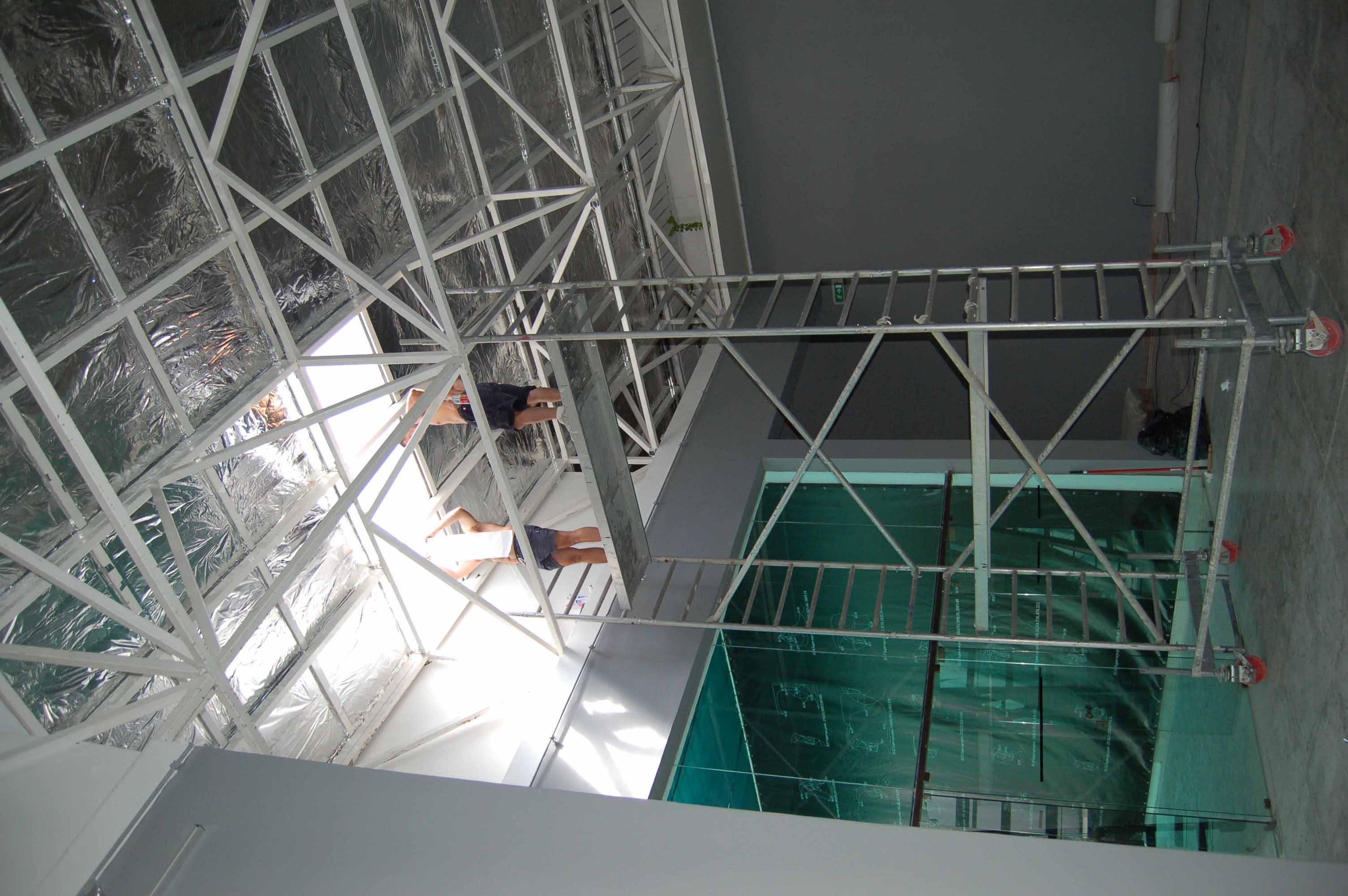 in-8-meter-high_2.jpg